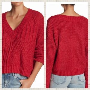 Sweaters - ▪️🆕Cosmo LS V-Neck Hi Low Sweater